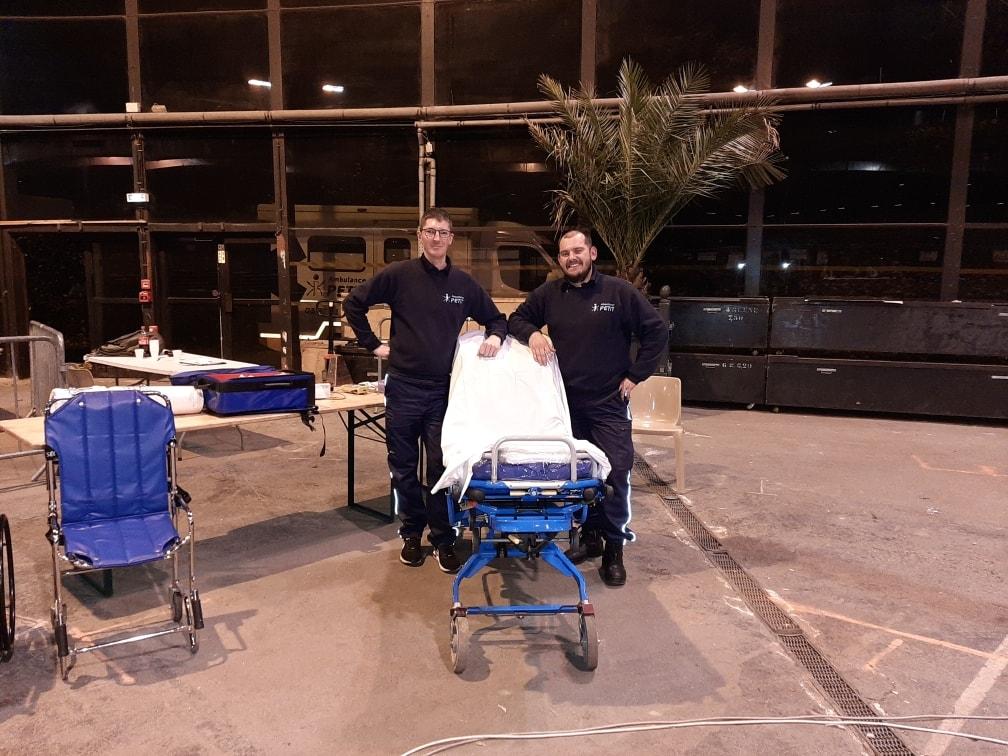 Ambulance PETIT assurent l'assistance médicale au loto du Rugby au Palais des Grottes